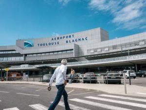 Vidéo : la plate-forme monte-escalier de l'Aéroport de Toulouse-Blagnac