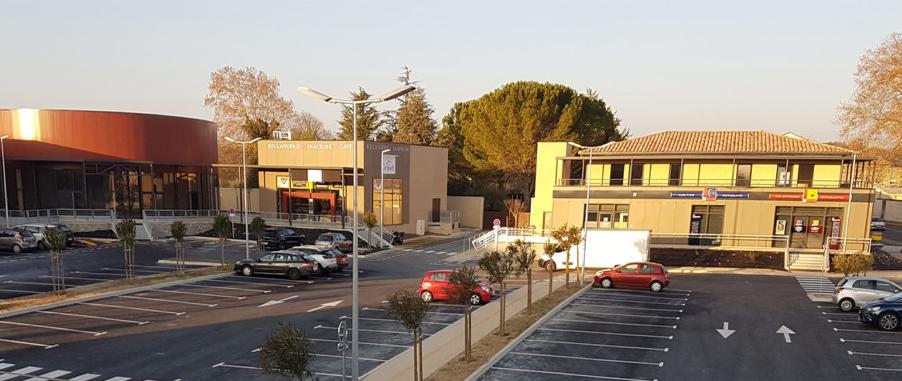 Installation de l'élévateur du Retail Park à Uzès (30)